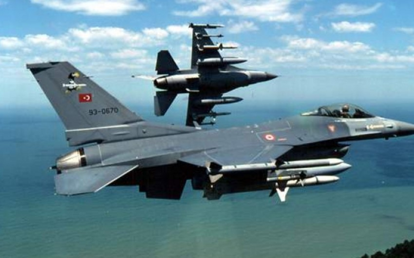 KİV: Türkiyə PKK terrorçularına havadan zərbə endirib