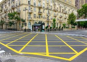 В Баку начался новый этап применения желтых разметок на дорогах