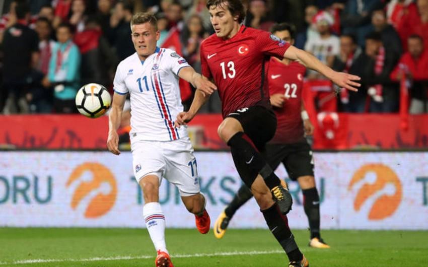 Türkiyəli futbolçu İngiltərənin Arsenal klubuna transfer ola bilər