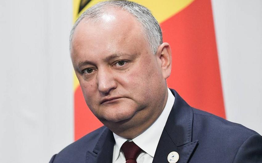 Moldova prezidentinin səlahiyyətləri dondurulub, parlament buraxılıb