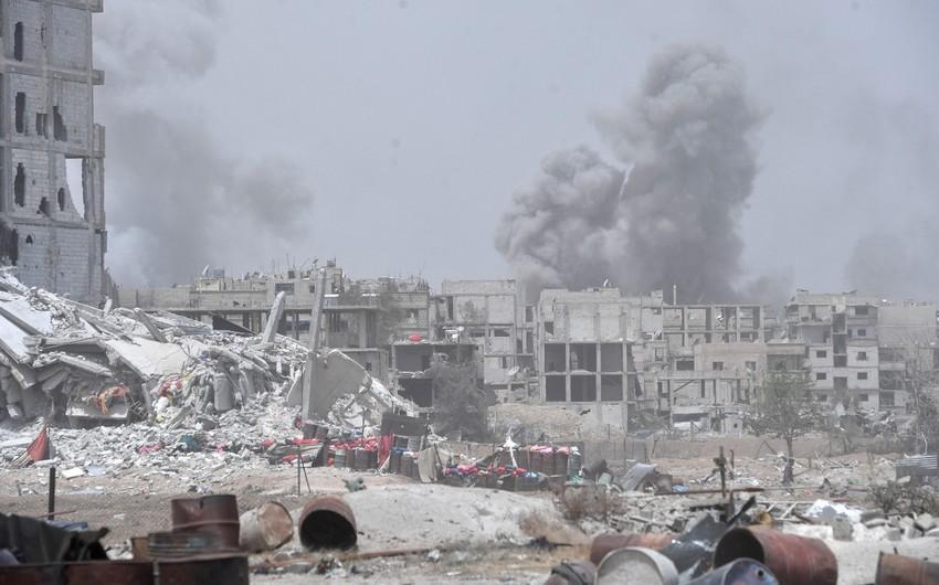 Beynəlxalq koalisiya Suriyaya hava zərbələri endirib, ölənlər var