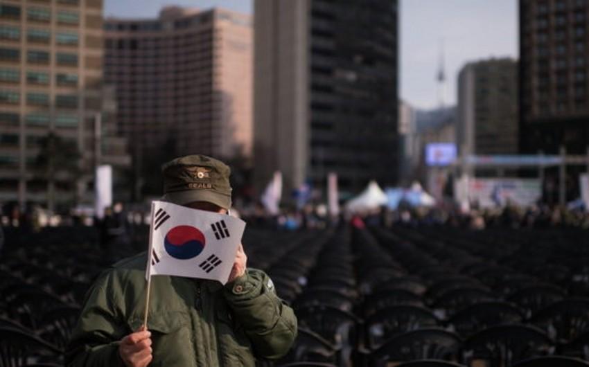 Cənubi və Şimali Koreyanın nümayəndə heyətləri bağlı qapılar arxasında danışıqlar aparır