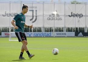 Ronaldo scoops football into a basketball hoop - VIDEO