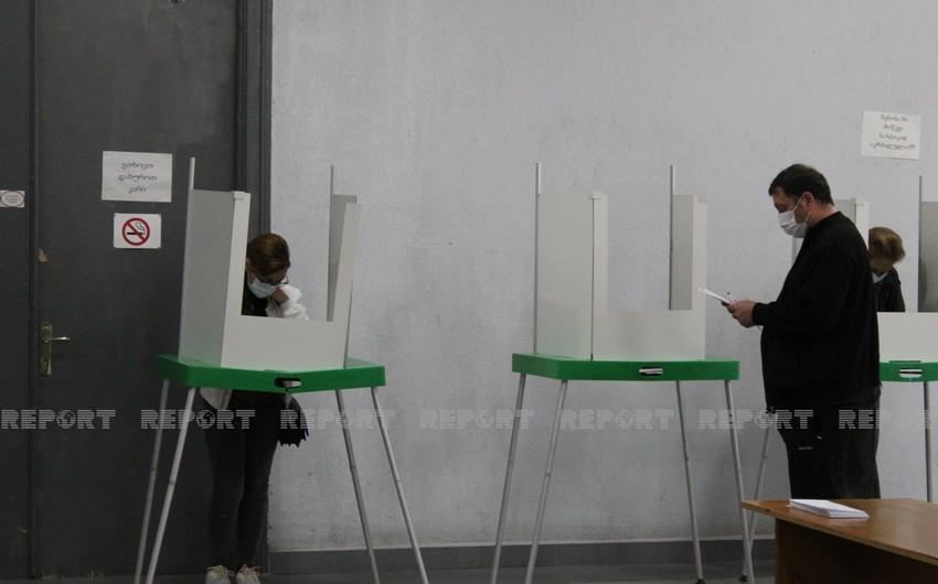 Gürcüstanda seçici fəallığı 17 %-i ötüb