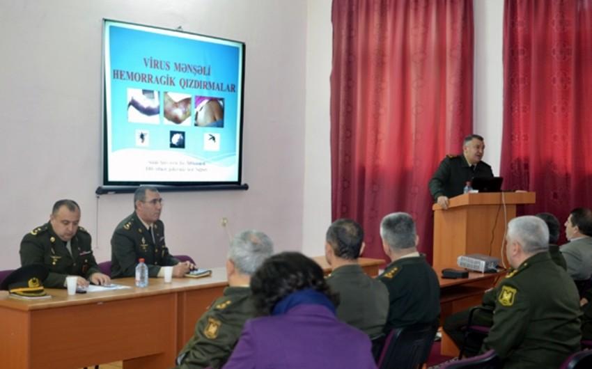 Военные врачи Азербайджана провели обсуждения, связанные с вирусом Эбола