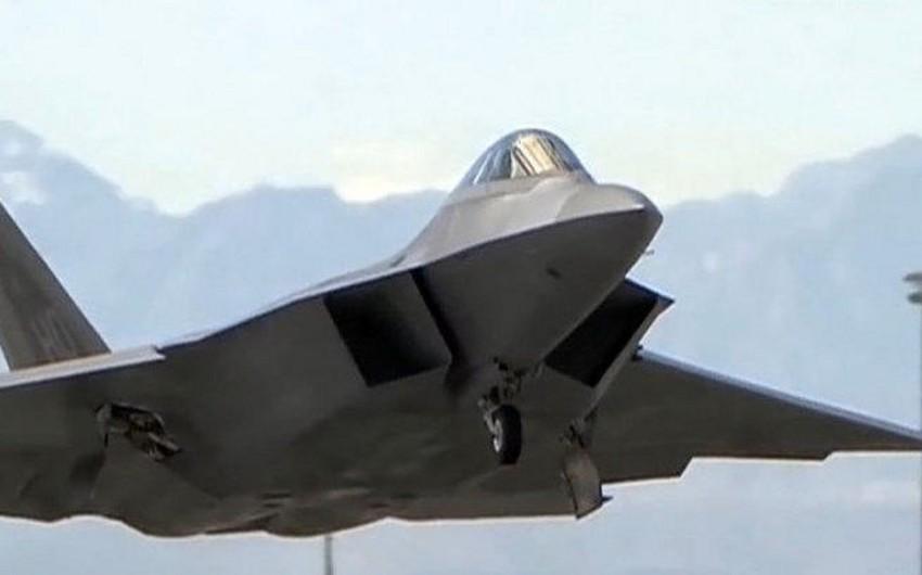 ABŞ Yaponiyaya 12 müasir F-22 tipli qırıcı göndərib