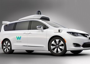 Fiat Chrysler, Waymo sign deal on self-driving vehicles
