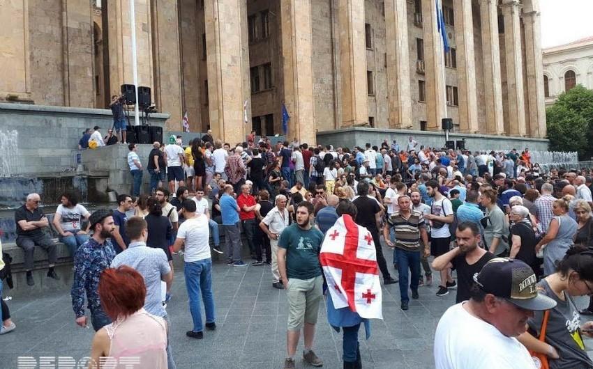 Gürcüstanda etirazçıların tələbləri yerinə yetirilməyib