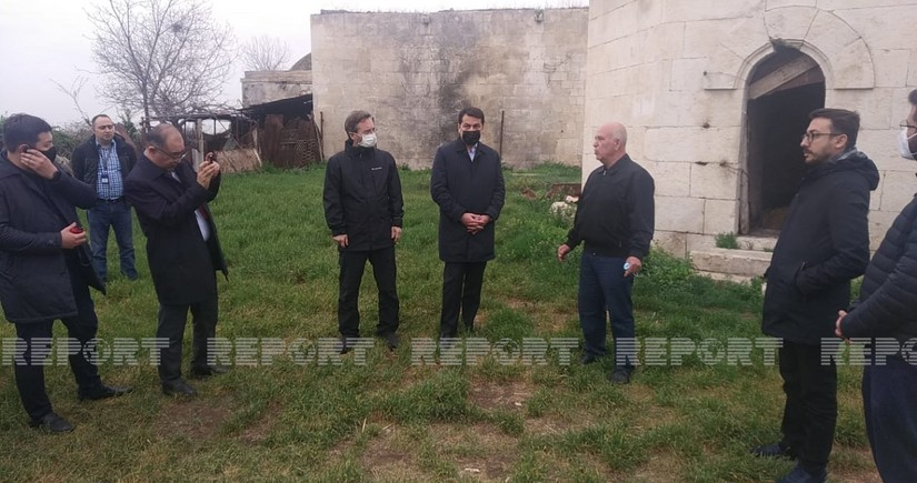 Turkic Council delegation visits Imarat cemetery in Aghdam