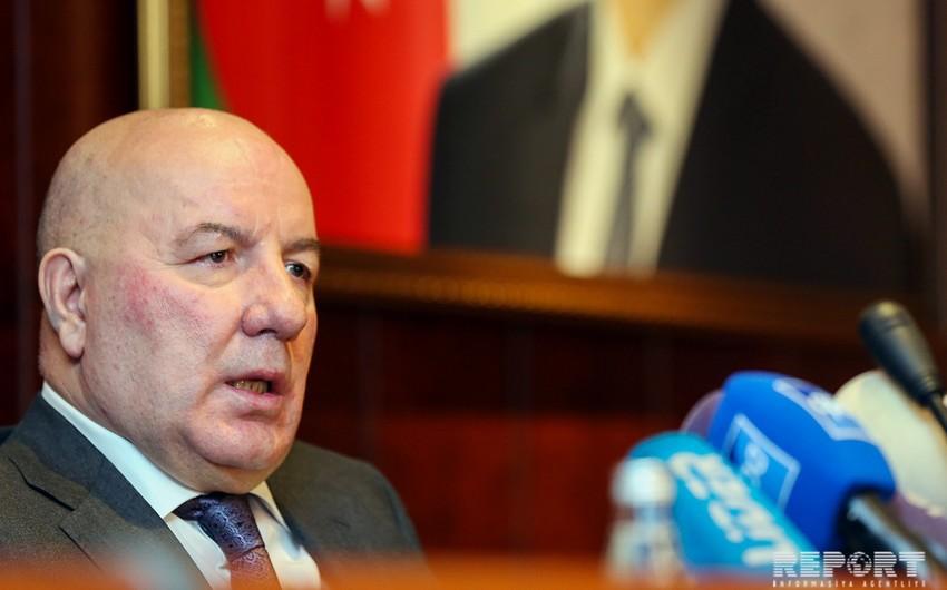 Elman Rüstəmov: Amrah Bankın işçilərinin maaşının ödənilməsinə göstəriş vermişəm