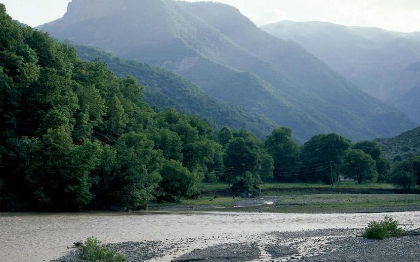 На реках Карабаха будут установлены 13 автоматических гидростанций