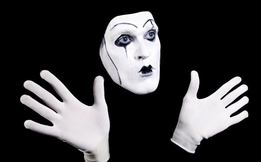 Pantomima Teatrında Andəqraund tamaşasının premyerası keçiriləcək