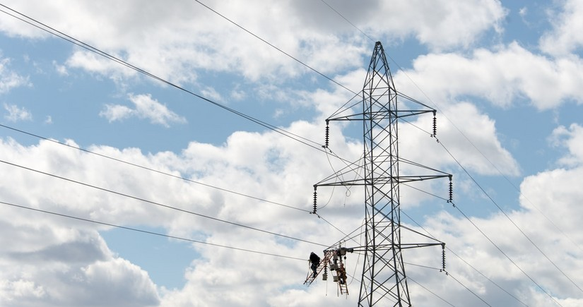 Доходы Азербайджана от экспорта электроэнергии сократились на 18%