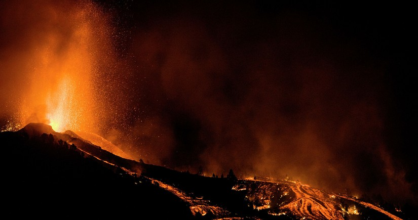 Volcanic eruption in Canary Islands destroys over 500 houses