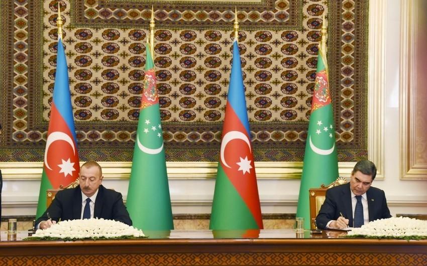 Azərbaycanla Türkmənistan arasında 21 sənəd imzalanıb - YENİLƏNİB
