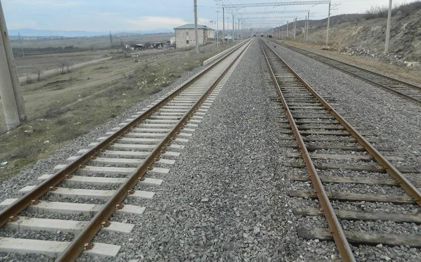 Bakı-Tbilisi-Qars dəmir yolu 2015-ci ildə istismara veriləcək