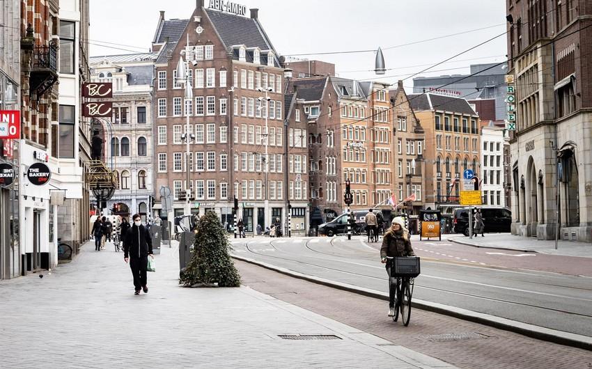 Niderlandda koronavirusa yoluxanların sayı artdı