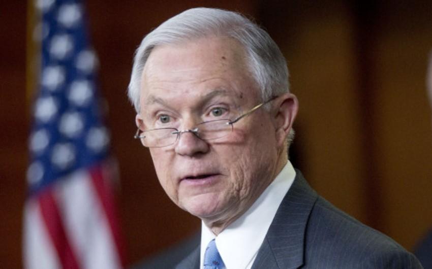 Senator Ceff Seşns ABŞ-ın yeni müdafiə naziri ola bilər