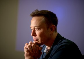 Elon Musk's fortune decreases by $15B
