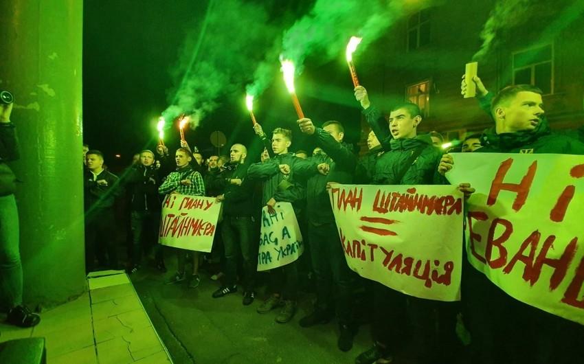 "Ukraynada ""Ştaynmayer planı""na qarşı etirazlar artır"