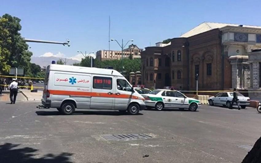 İranda içərisində şagirdlərin olduğu avtobus aşıb