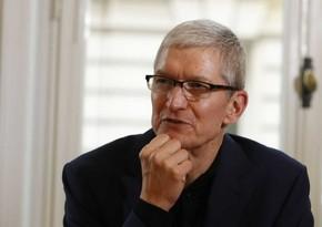 Apple CEO-su şirkətdən 750 milyon dollarlıq səhm paketi alıb