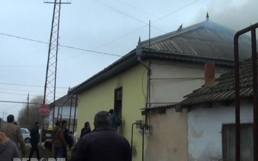 Salyanda fərdi yaşayış evində yanğın baş verib, bir nəfər ölüb - FOTO - VİDEO