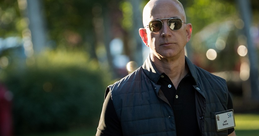 Jeff Bezos is once again the richest man in the world
