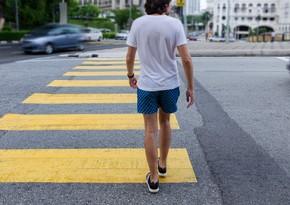 На пешеходных переходах устанавливают новую систему освещения