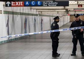 Nyu-York metrosunda sərnişinlərə hücumlar olub, xəsarət alanlar var
