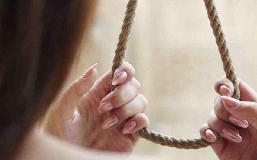 Lənkəranda iki uşaq anası intihar edib