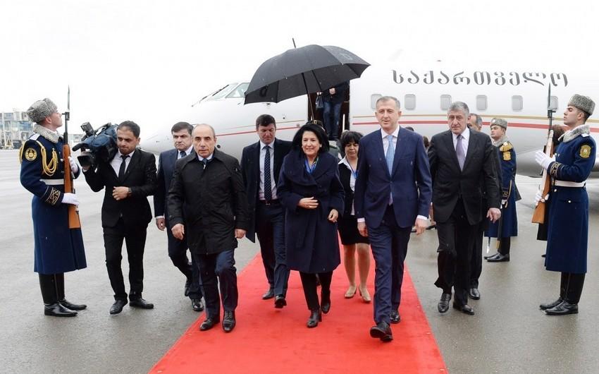 Georgian President arrives in Azerbaijan
