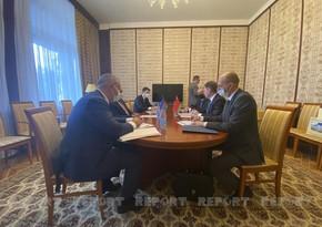 Baş nazirin müavini belaruslu həmkarı ilə görüşüb