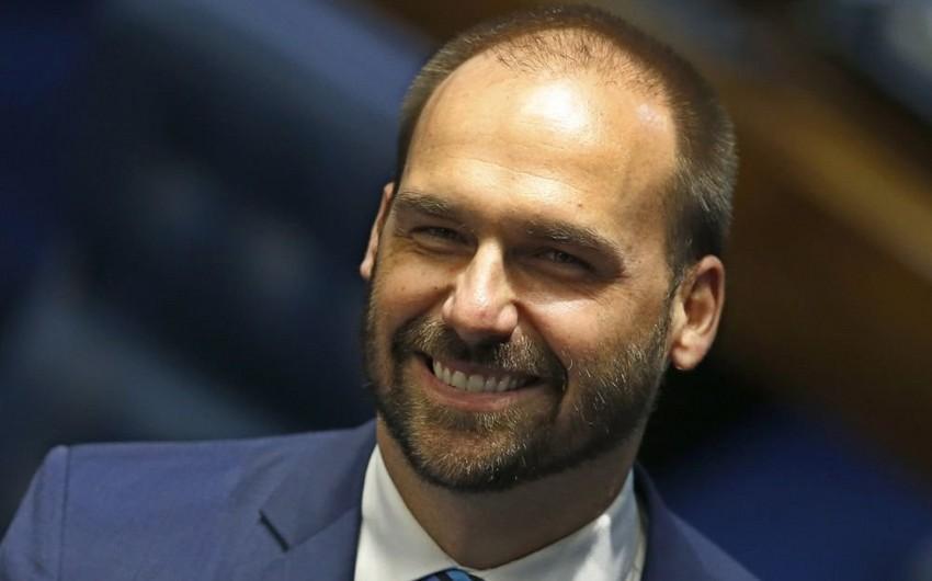 Сын президента Бразилии отказался от должности посла в Вашингтоне