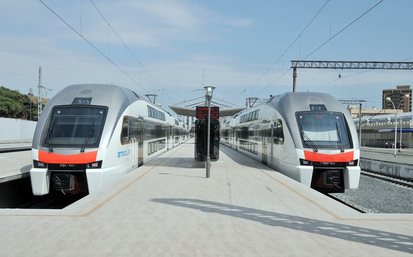 Движение электрички Баку-Сумгайыт не возобновляется из-за нового моста ГААД