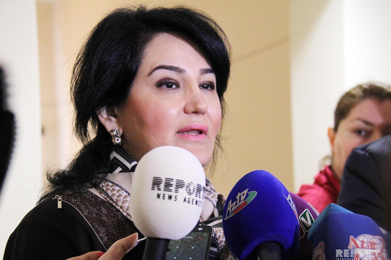 """İdarə müdiri: """"Övladları məktəbdə oxuyan atalar maarifləndirilməlidir"""""""