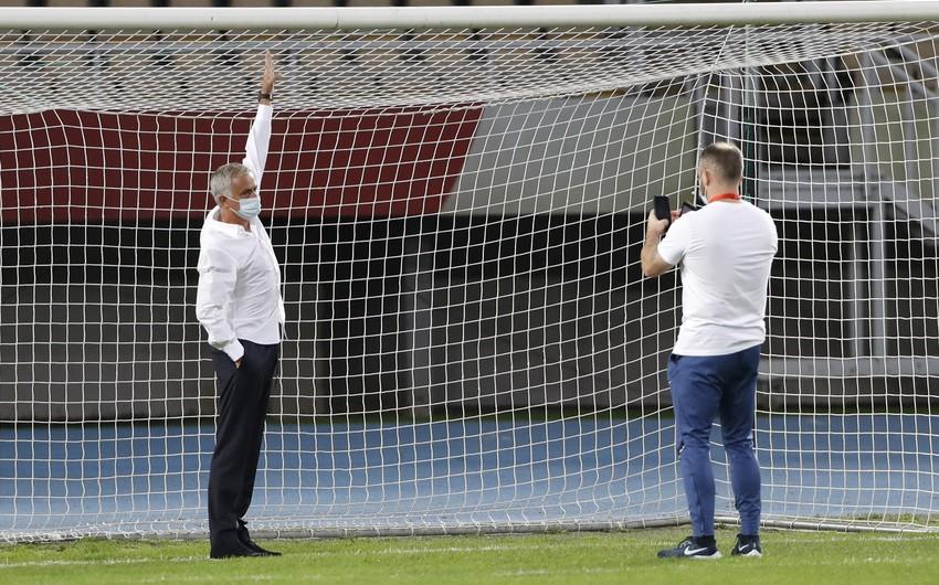 Mourinyo Şkendiya ilə matçda qapıları niyə dəyişdirib?