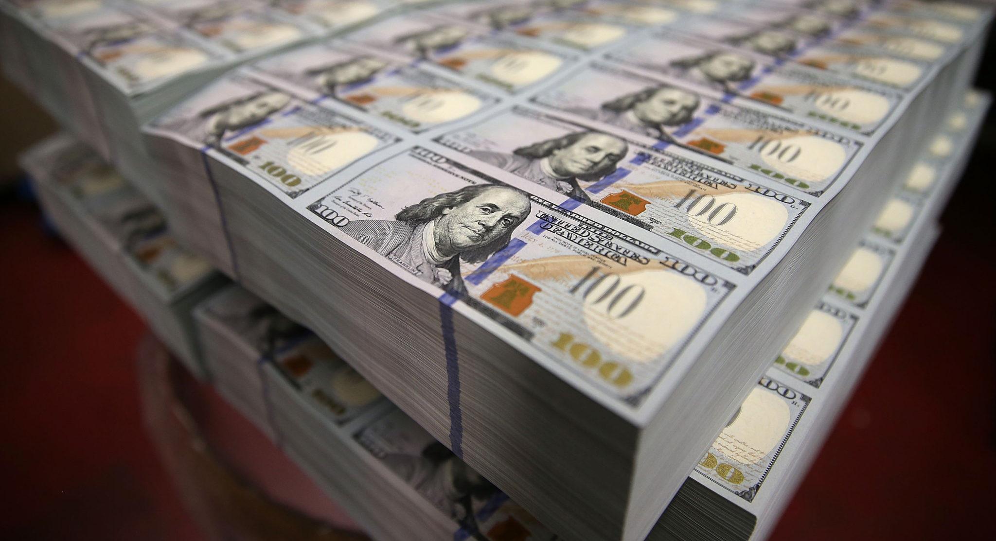 ABŞ milyarderləri 565 milyard dollarlıq var-dövlət əldə edib