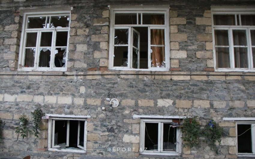 MN: Düşmən Bərdə, Tovuz və Ağdam rayonlarının kəndlərini raket atəşinə tutur