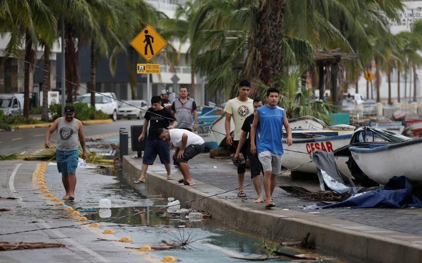 Meksikada Pamela qasırğası tropik fırtınaya çevrilir