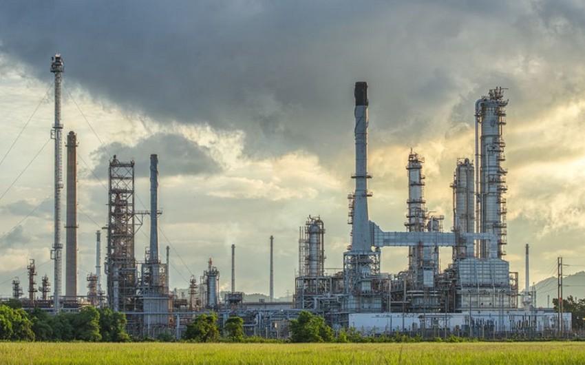 İran neft-kimya istehsalını 47% artırmaq niyyətindədir