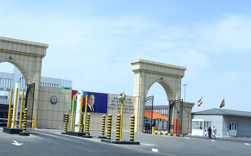 Qanunsuz yolla avtomobil ehtiyat hissələri gətirən Azərbaycan vətəndaşı saxlanılıb