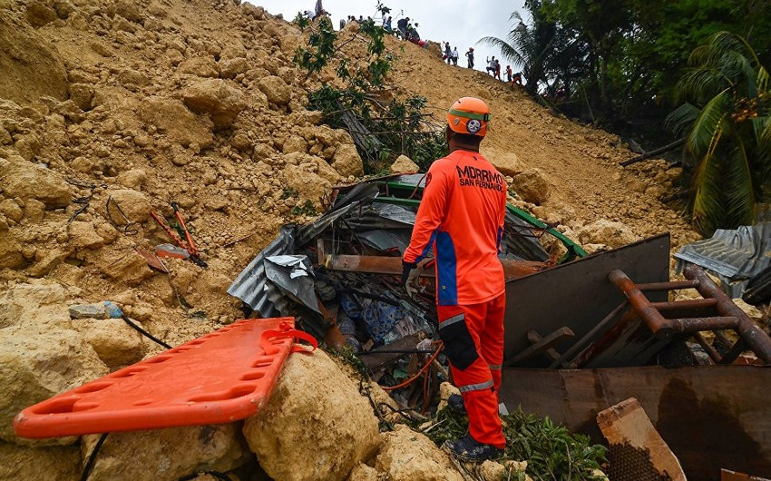 Filippində torpaq sürüşməsi nəticəsində 10 nəfər ölüb
