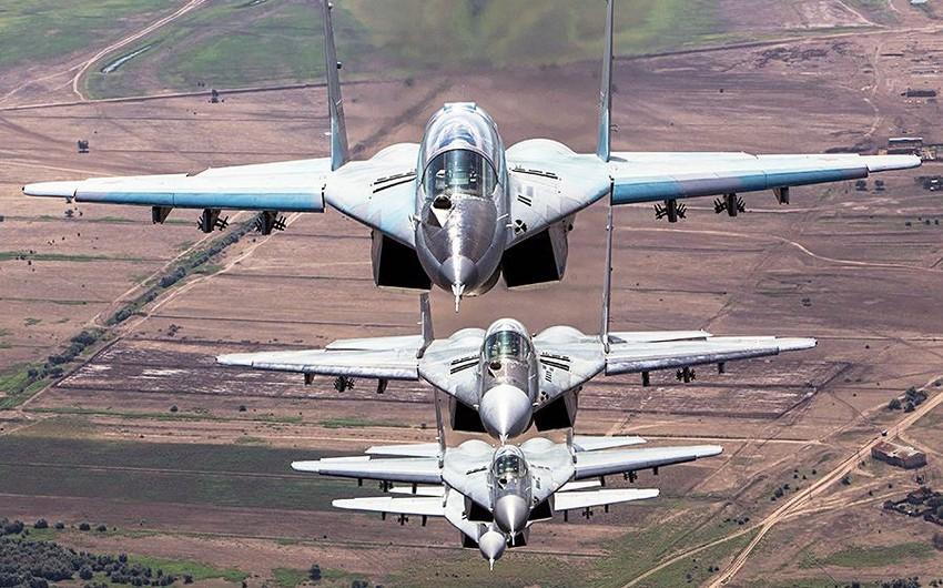 Rusiya Suriyadakı hərbi mövcudluğunu azaldacaq