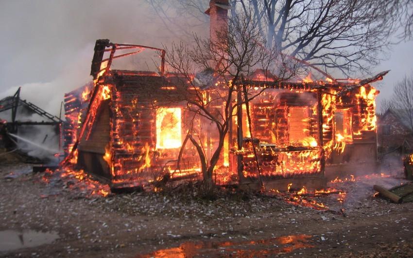 Rusiyada 7 nəfər yanaraq öldü