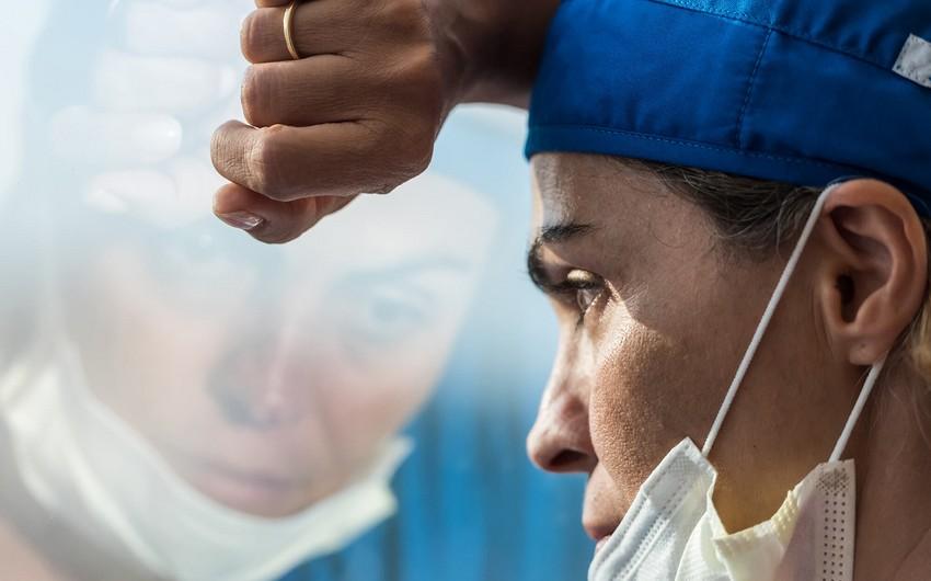 Son gün ərzində dünyada yüz minlərlə insanda koronavirus aşkarlandı