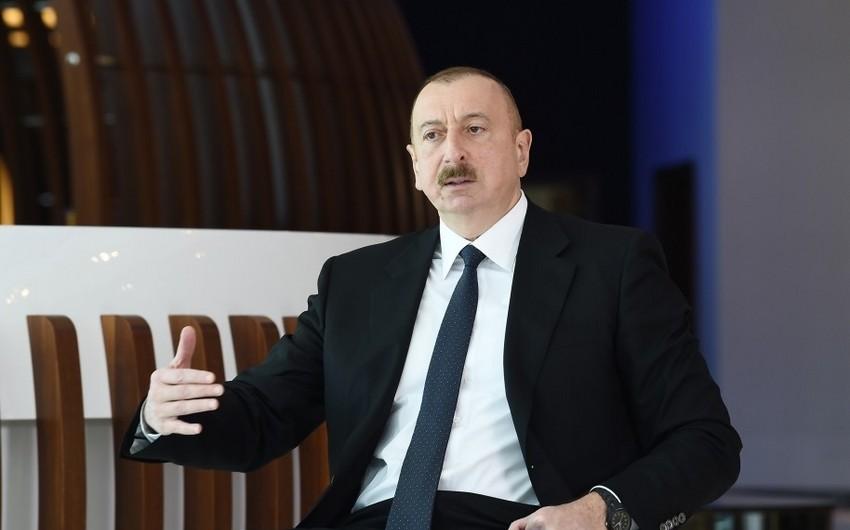 Dövlət başçısı: Azərbaycanda iqtisadiyyat az da olsa artıb