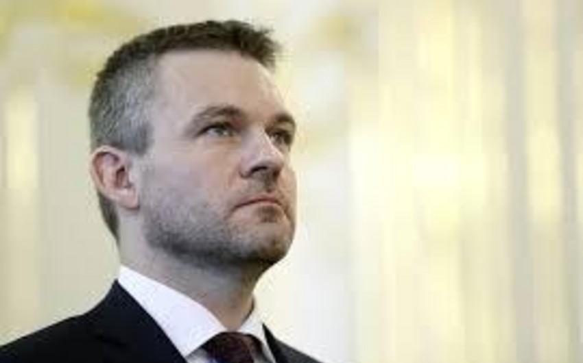 Slovakiya rusiyalı diplomatı casusluqda ittiham edərək ölkədən çıxarıb