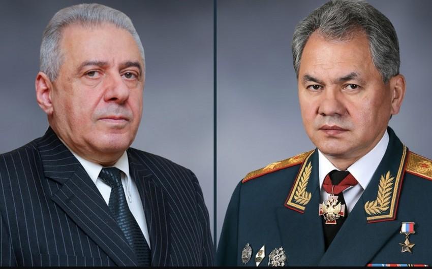 Rusiya və Ermənistan müdafiə nazirləri arasında telefon danışığı olub