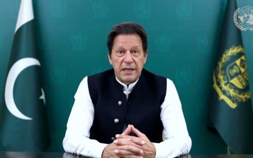 Премьер Пакистана призвал поддержать новое правительство Афганистана